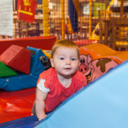 child in softplay